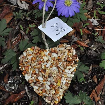 97-Heart-Bird-Seed-Favors-Unique-NEW-3991