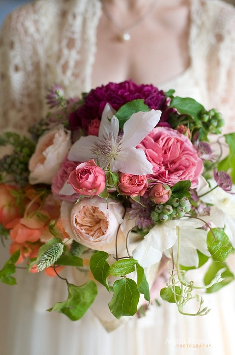 Floral Arrangements for a Spring Wedding