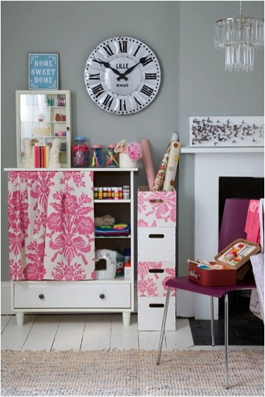 Guest Post: Top Tips for Beautiful, Comfortable Living Areas for Less