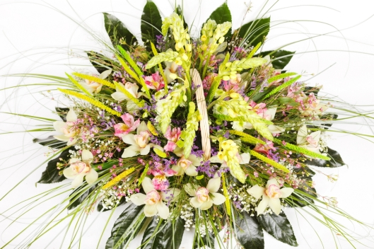 Guest Post: The Basics of Working with Cut Flowers