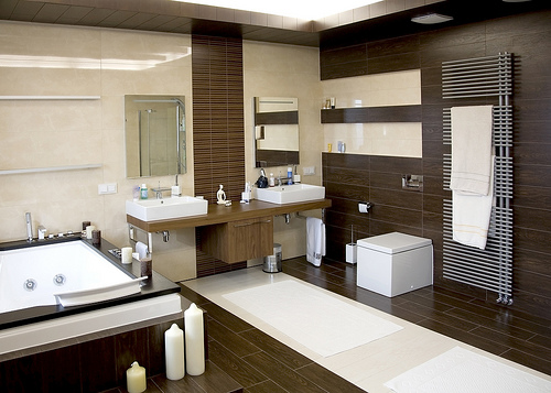 Guest Post: The Art of Selecting a Modern Bathroom Suite